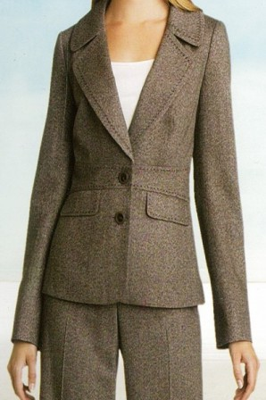 Masterpiece Large Notch Lapel 2 Buttons Light Tapered Suit with Hand Stitching in 100% 110S Wool From Italy By Giovanni Tonella